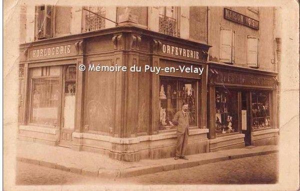 Devanture de magasin rue Chaussade
